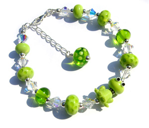 Filbert the frog lampwork bead bracelet sterling silver findings